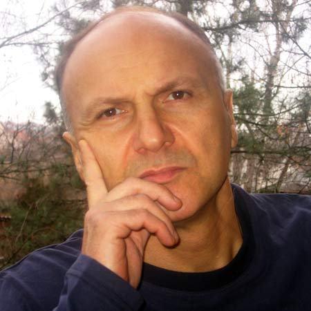Dr. Dino Tomic